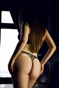 Karolina (19 let)